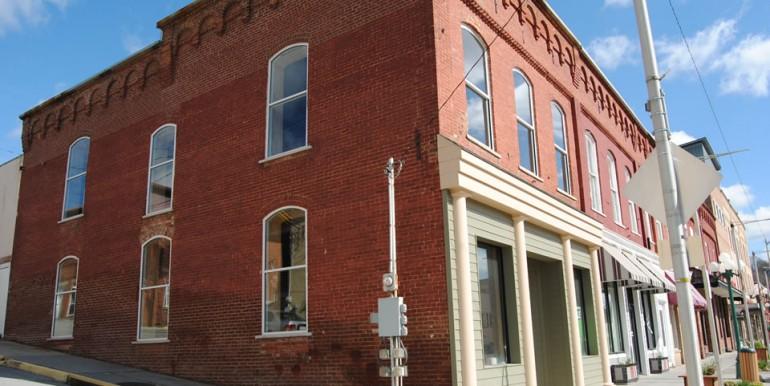 152 West Jackson Street