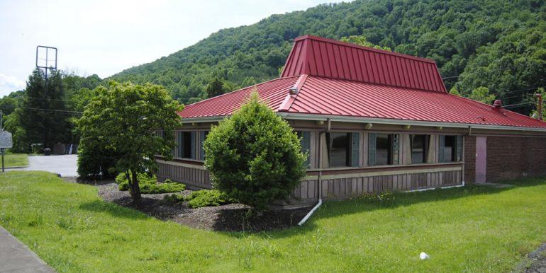 Pizza Hut - 247 Kane Street 146A8A-34 Zoning:  C-1